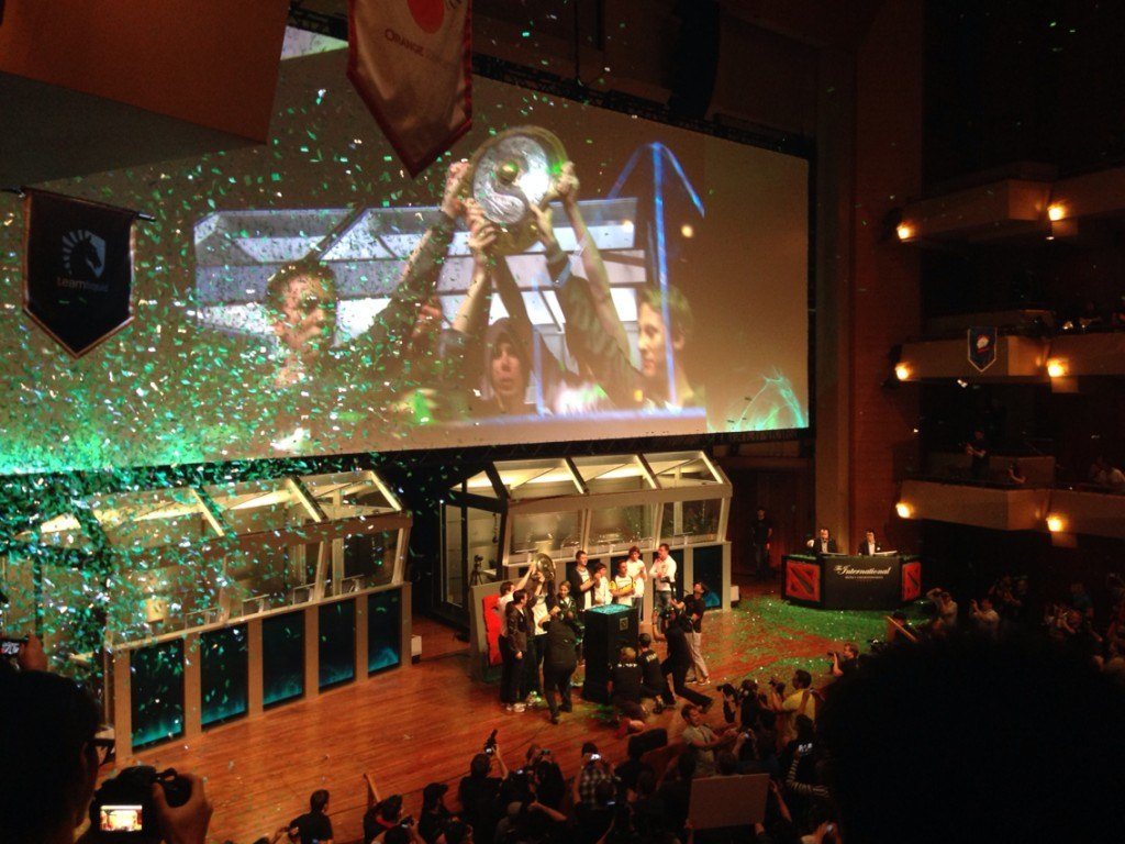 Dota 2 TI3 - Alliance Wins the Record Breaking First Prize!