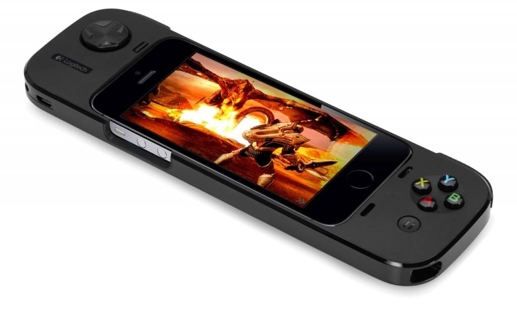 PowerShell Controller by Logitech Turns your iPhone into a Joypad