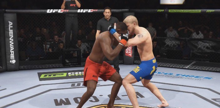 EA Sports UFC 2 Clinch