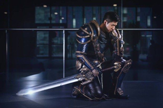 Cosplay Garen from League of Legends