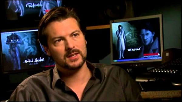 David Hayter Plays Solid Snake