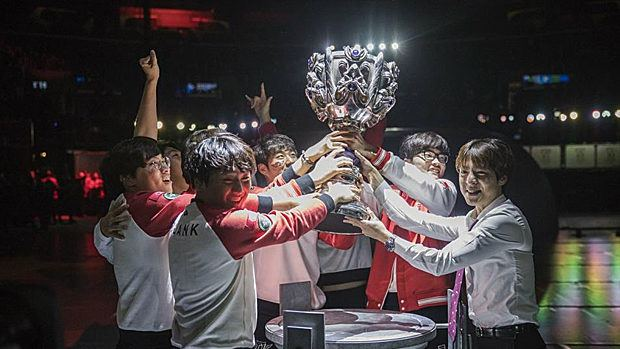League of Legends - SKT T1 Wins Worlds