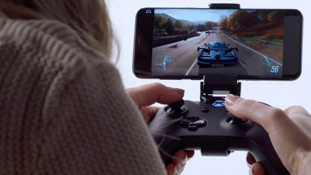 Microsoft Controller Patent Made For Mobile Devices With Detachable Controllers